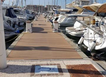 New berth available !